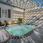 Beaufort Inn hot tub