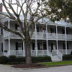 Beaufort Inn & Suites Historic House